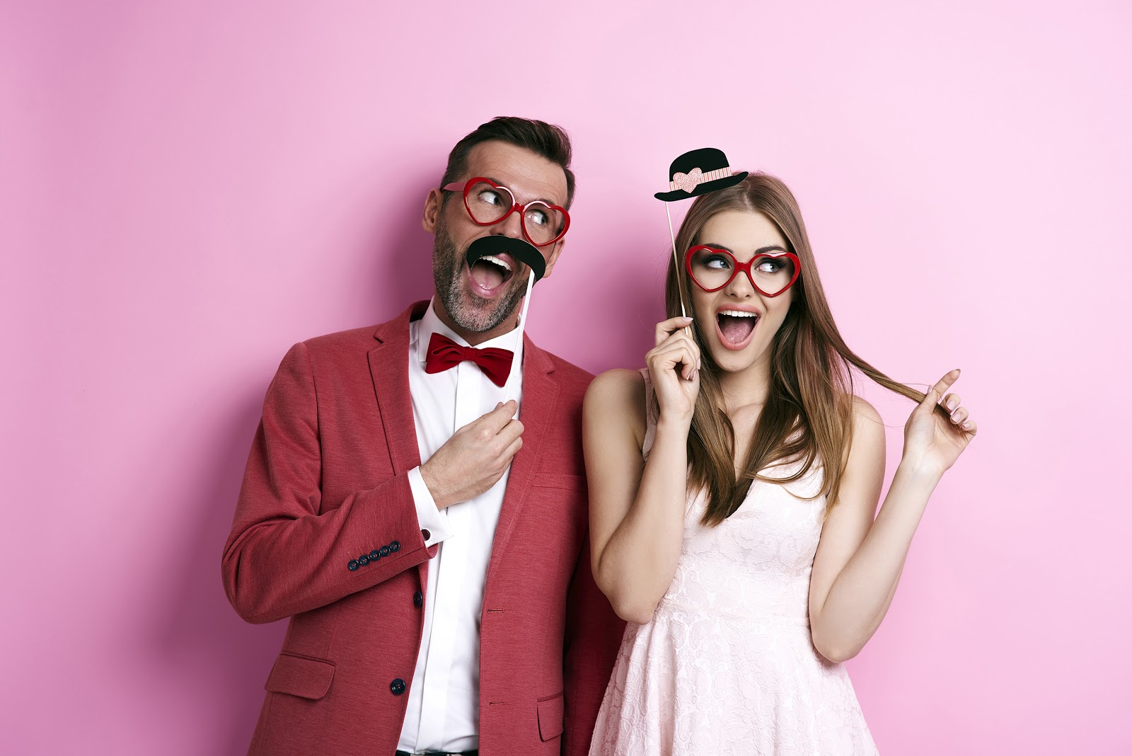 Engagement Party Games: Couple with a wacky smile