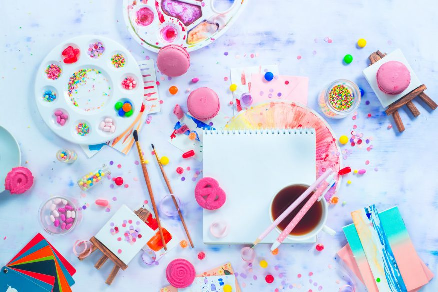 Party planning: art supplies for a themed party