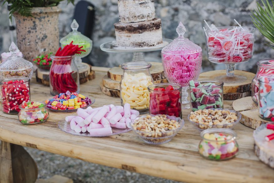 Graduation party ideas: A candy bar