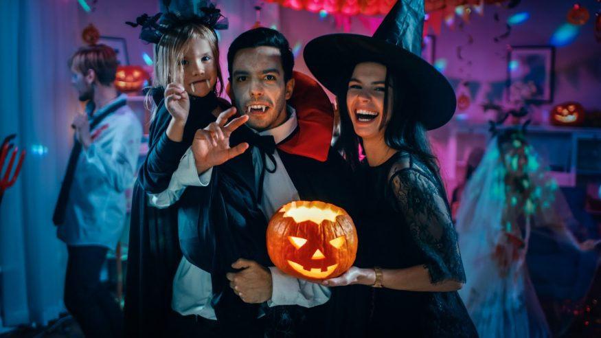 How To Make A Halloween Party Fun.36 Hauntingly Good Halloween Party Ideas For Any Budget Stationers