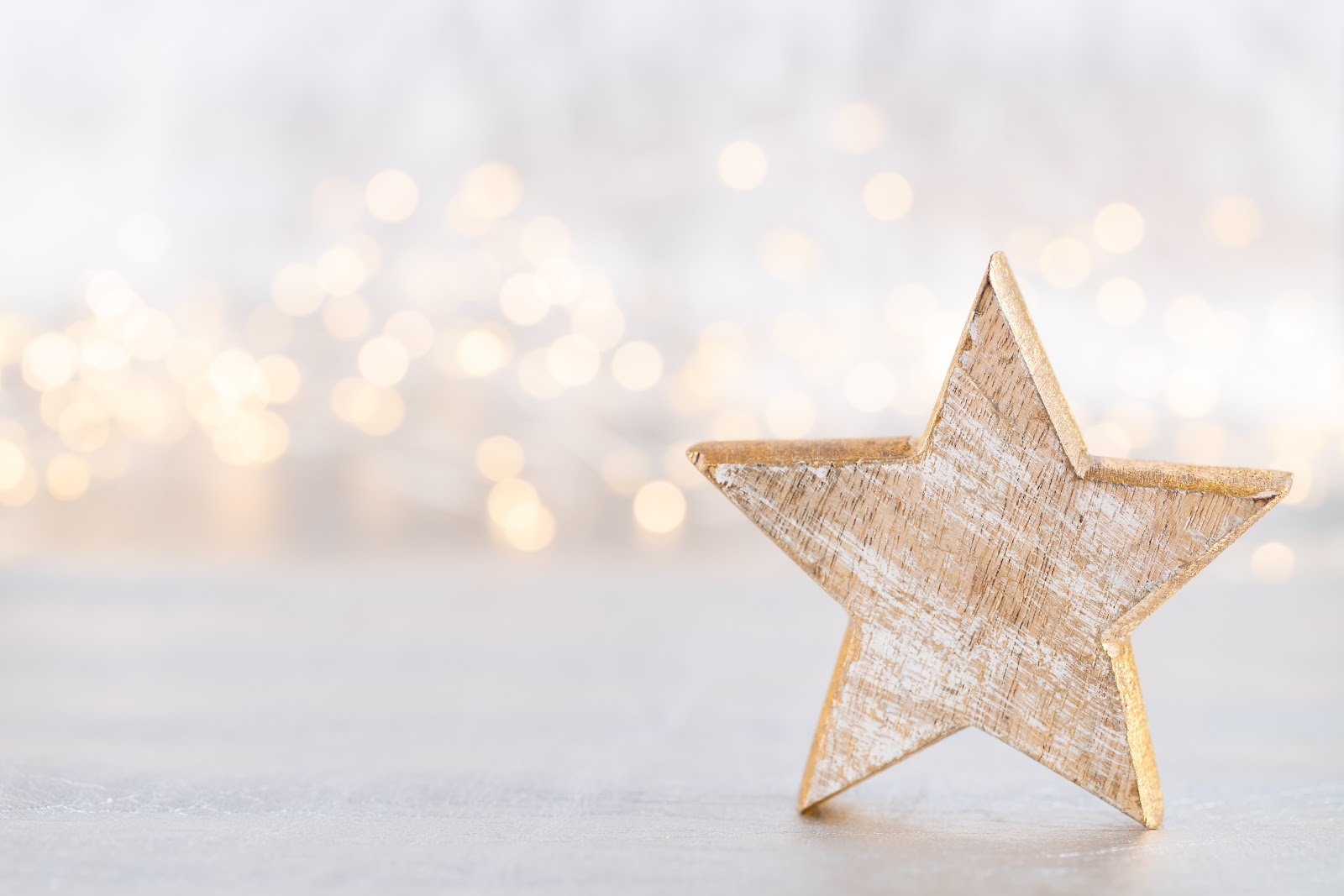 Christmas decorating ideas: A star-shaped decoration