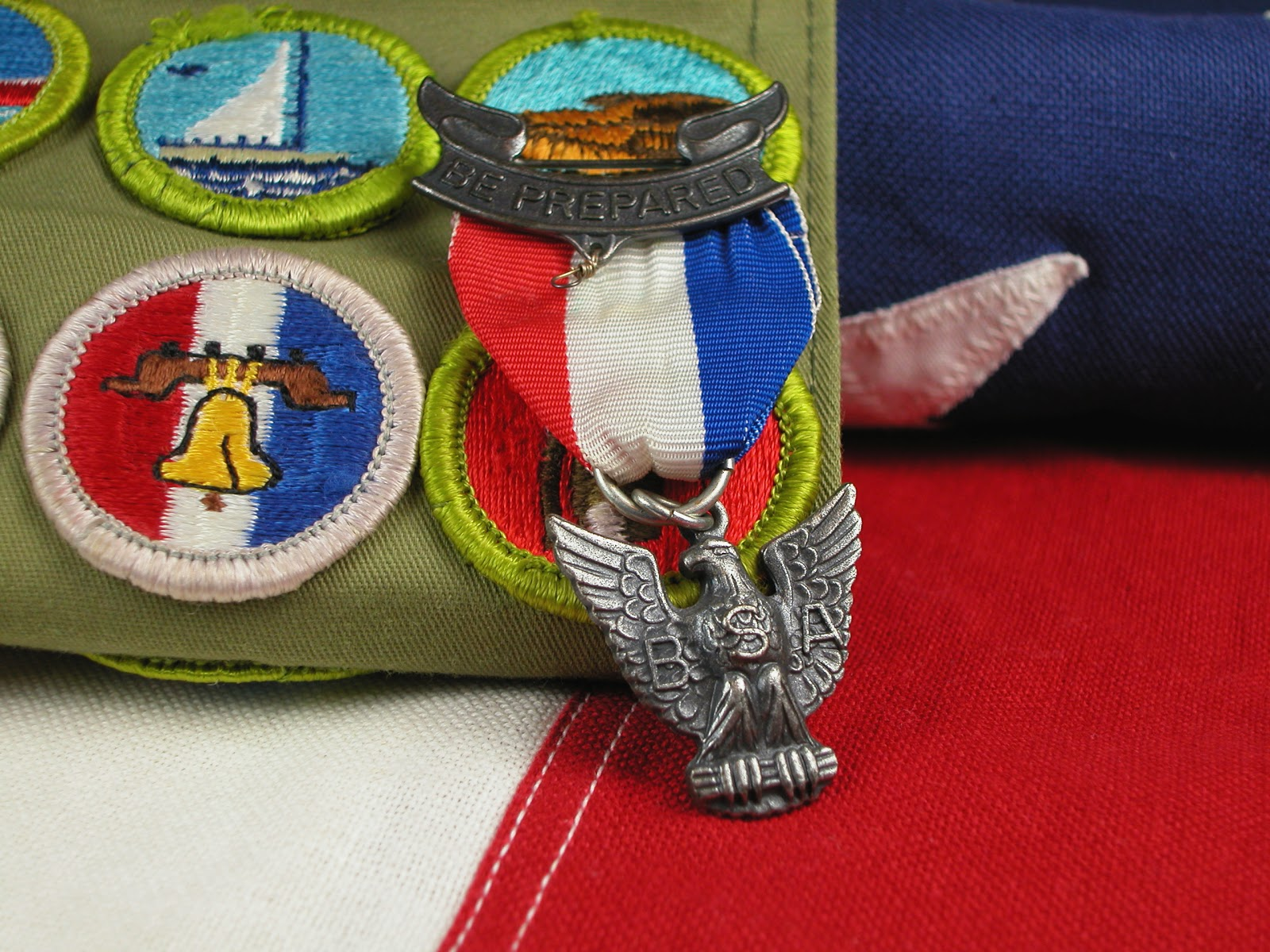 Eagle Scout Invitations: Badges and pin