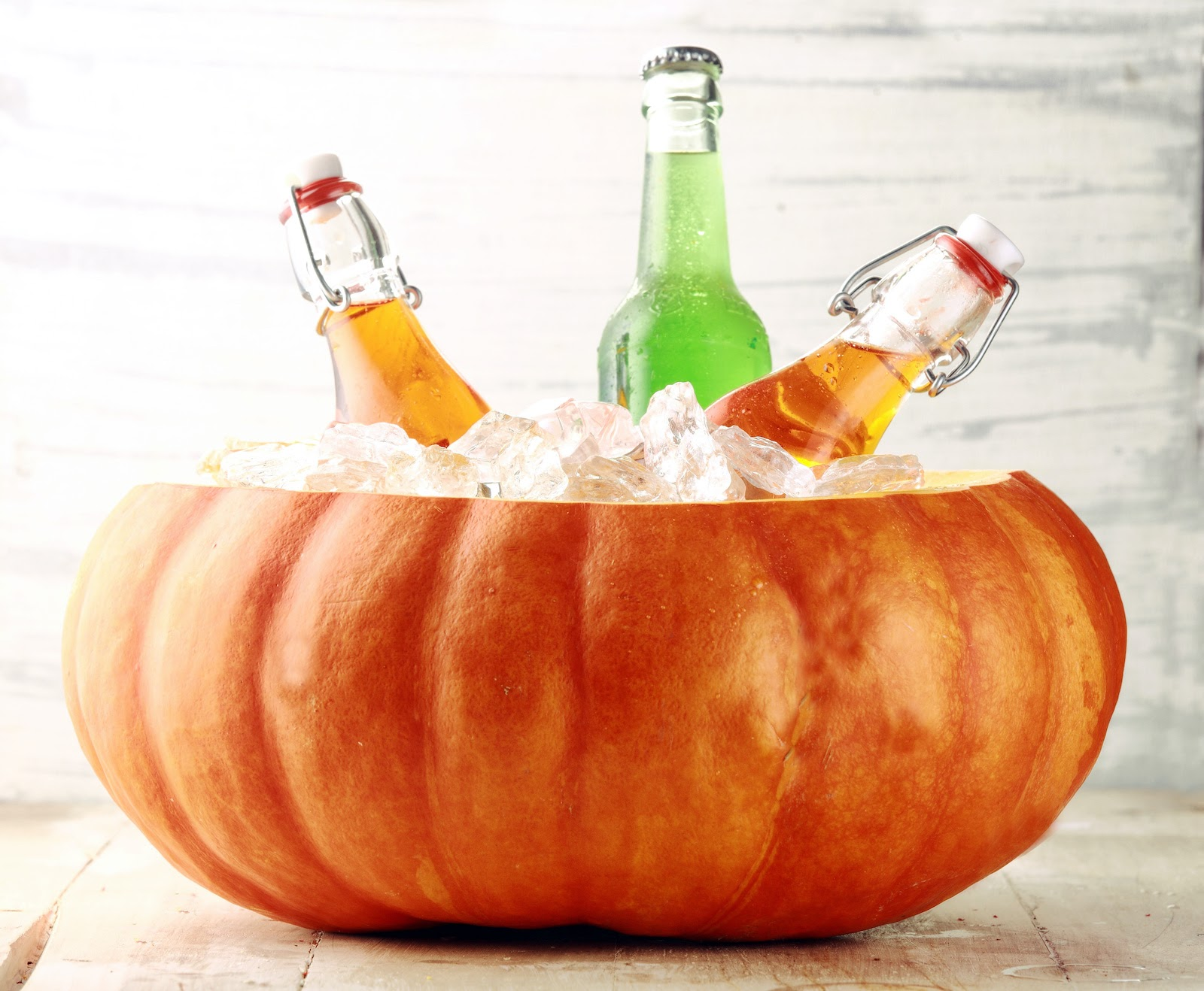 Thanksgiving decoration ideas for drink holders and ice buckets.