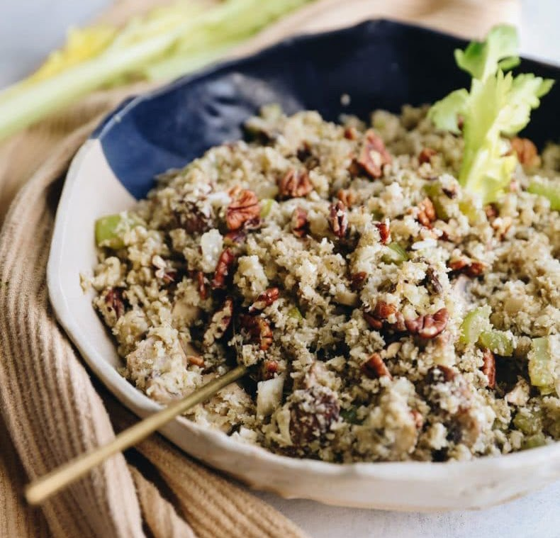 Non-traditional thanksgiving dinner ideas: Cauliflower rice stuffing