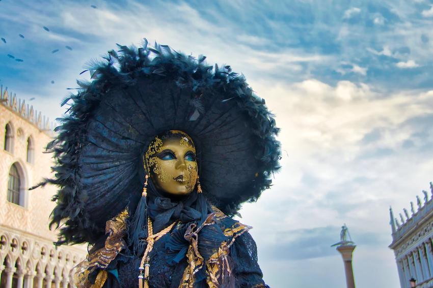 Mardi Gras decorations: Karneval in venedig