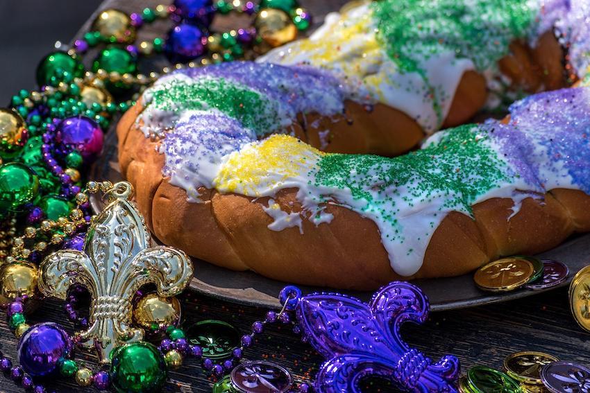 Mardi Gras party ideas: Mardi Gras king cake
