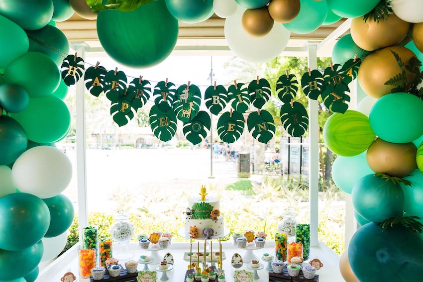 Jungle theme party decoration