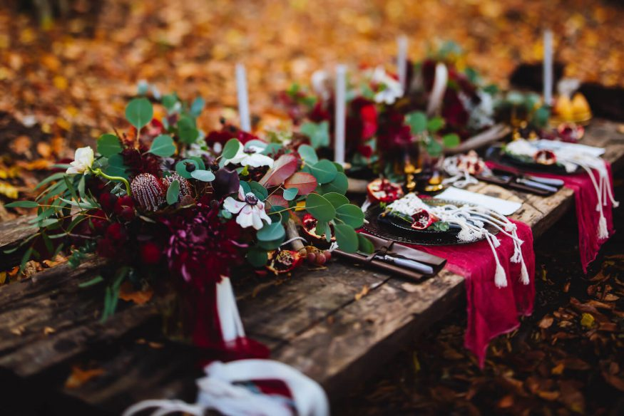 Outdoor Autumn-themed table place setting