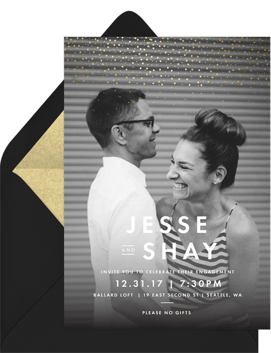 Engagement party games: Invitation with photo of the couple