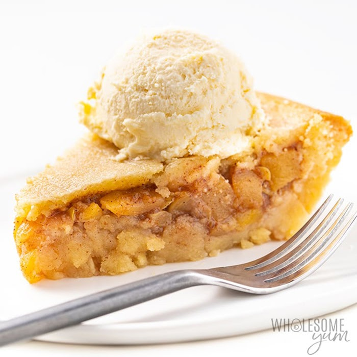 Non-traditional thanksgiving dinner ideas: Low-carb keto apple pie
